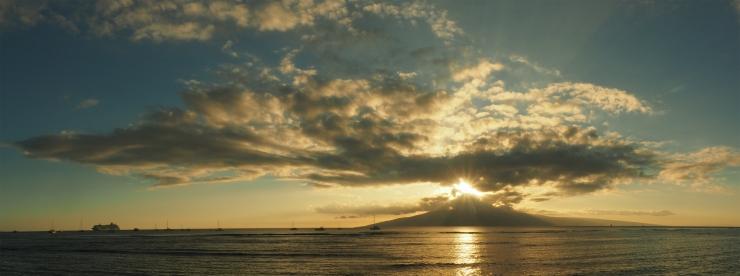 Maxwell's Undulations Grace Lanai Island